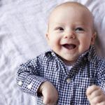 grinsendes baby